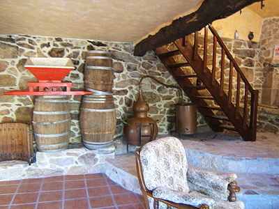 Rustic decoration which evocates origin of the house